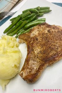 mashed potatoes, pork chops and green beans